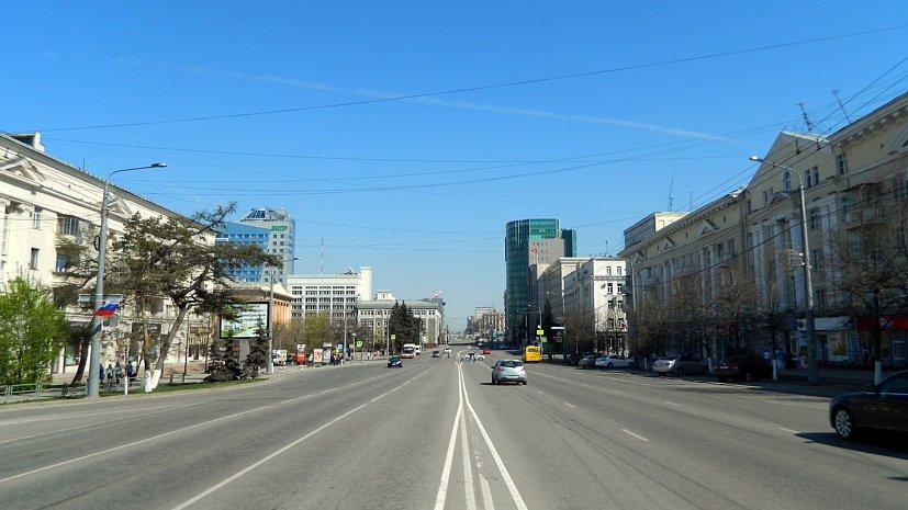 Челябинцев просят не парковаться на проспекте Ленина