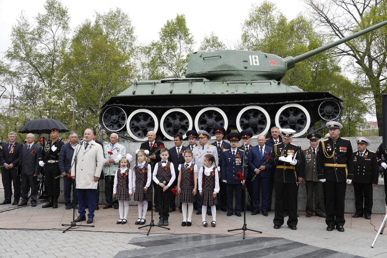 В преддверии Дня Победы во Владивостоке прошли памятные мероприятия (16)