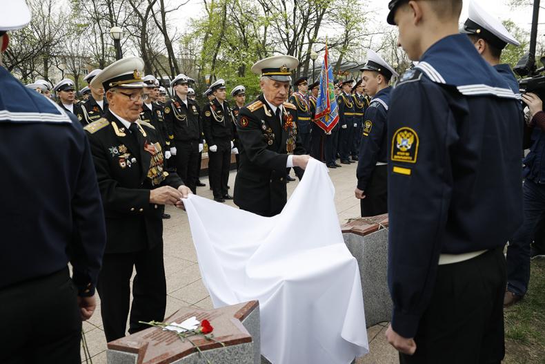 В преддверии Дня Победы во Владивостоке прошли памятные мероприятия (19)