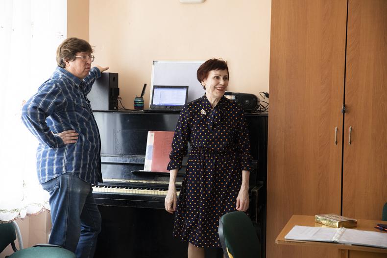 Глава Владивостока Олег Гуменюк побывал с рабочим визитом в доме культуры «Традиции и современность»
