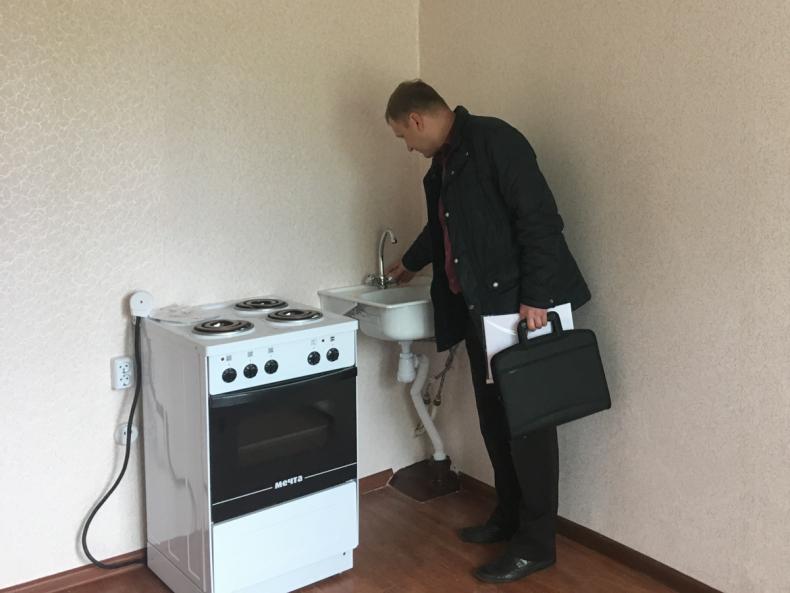 Во Владивостоке приняты первые шесть квартир для передачи их детям-сиротам (4).jpg