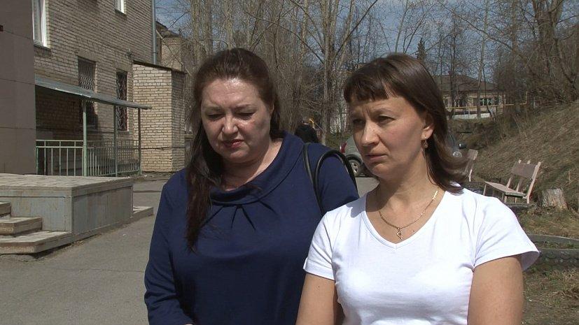 В Челябинской области двух фельдшеров пытались запереть в квартире пьяные пациенты
