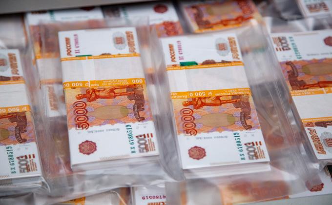 Гигантскими зарплатами выманивают интеллектуалов из Новосибирска