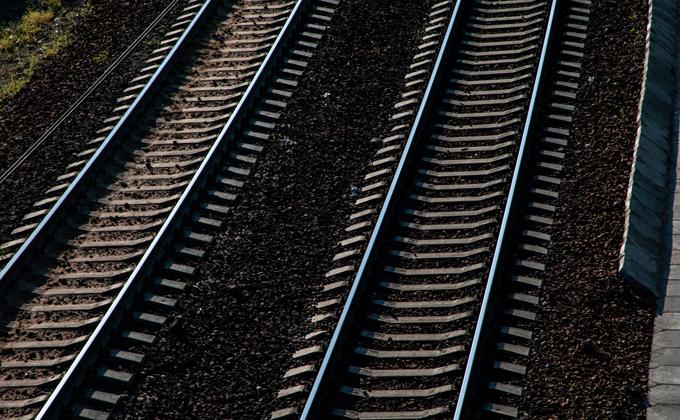 Работники стрелочного завода ездили воровать на локомотиве