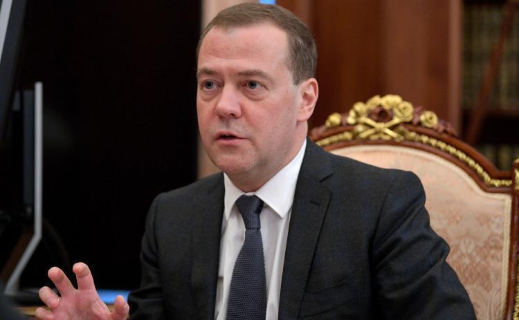 Медведев готовится подписать документ, касающийся инвалидов