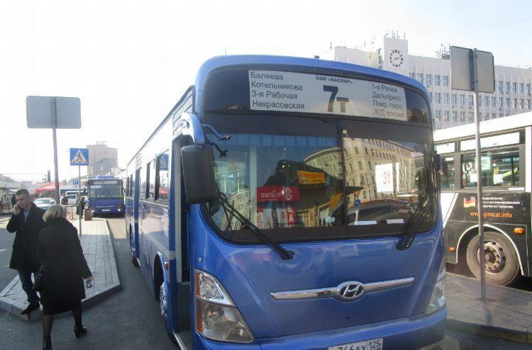 Во Владивостоке 14 автобусных маршрутов изменят схемы движения 19 мая
