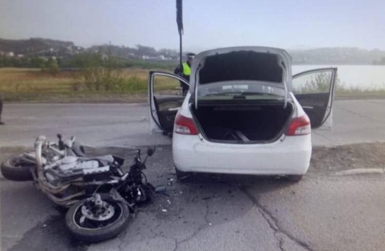 В Приморье в жёсткой аварии пострадал мотоциклист