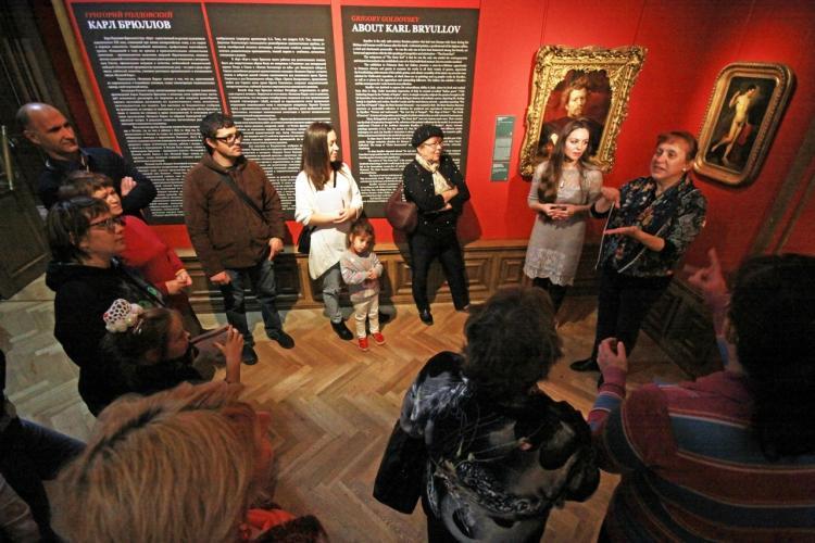 Приморцам покажут, как говорить об искусстве на русском языке жестов