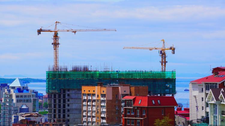 Выгодное жильё для молодых специалистов построят в Приморье