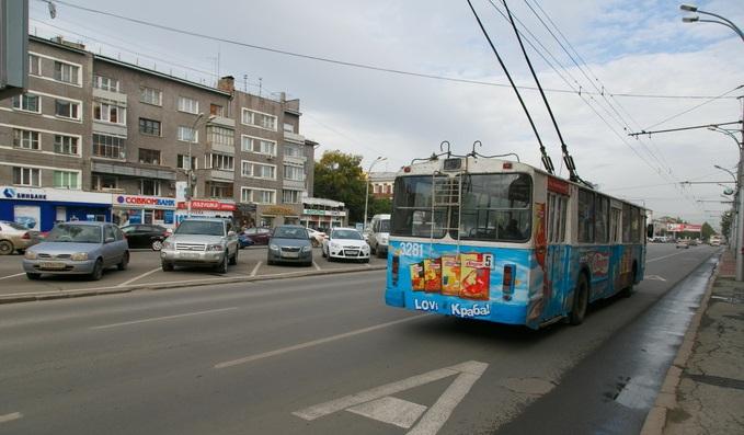 Девушка получила удар током в троллейбусе и готова судиться