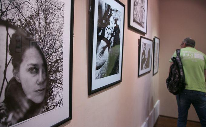 Первая в России выставка селфи открылась в Новосибирске
