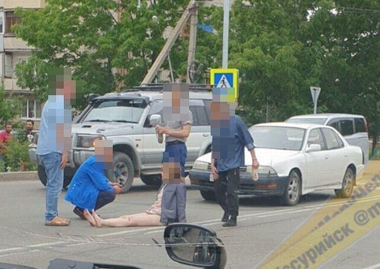 В Приморье водитель на полном ходу сбил женщину на пешеходном переходе
