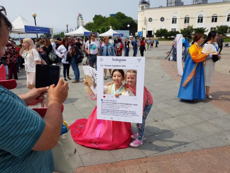 Гости фестиваля «День Пусана» познакомились с культурой Республики Корея