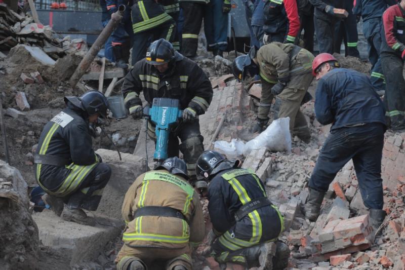 Трое погибли, один в больнице – спасатели закончили разбирать завалы в Новосибирске
