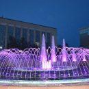 200 светильников: новая подсветка заработала на фонтанах площади Пименова