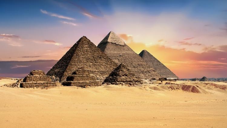 В Египте увеличат налог на выезд из страны