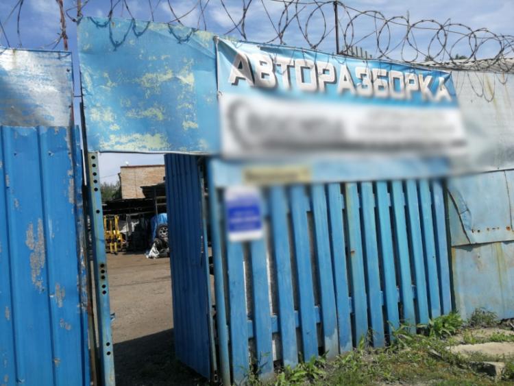 Во Владивостоке в ходе спецоперации полицейские обнаружили угнанные авто