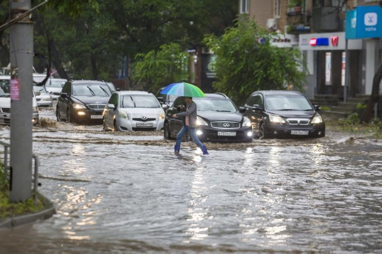 Владивосток снова ушёл под воду