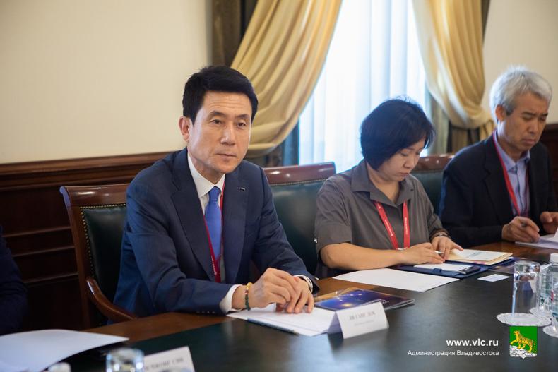 Мэр Пхохана Планируем связать Владивосток и Пхохан круизной линией уже в декабре 3.jpg