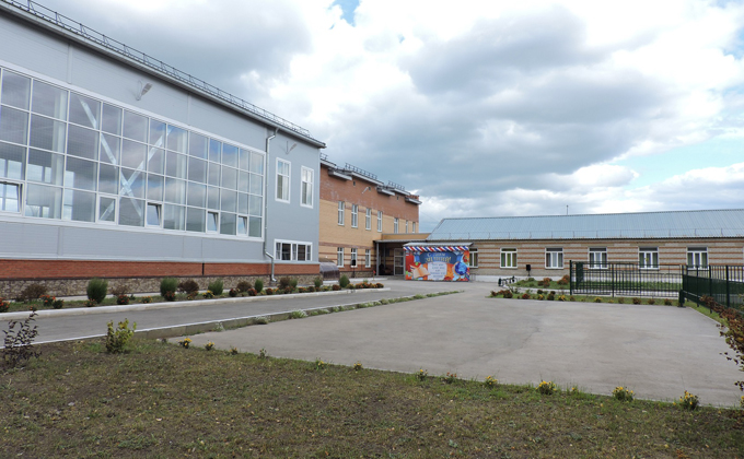 В два раза больше стала школа в селе Бурмистрово Искитимского района