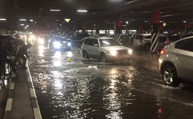 Ливень затопил улицы Новосибирска