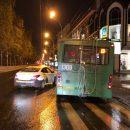 Троллейбус №13 и такси не поделили Красный проспект