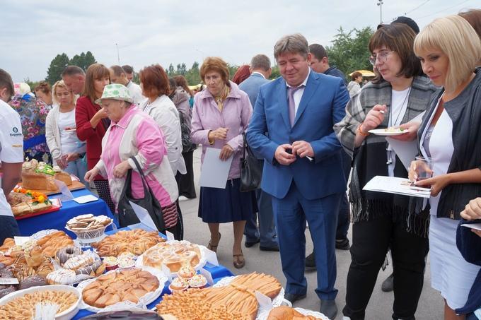 Наукоград Кольцово подарил Бердску в День города вирус эболы