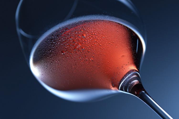 Красное вино полезно для женского организма, - учёные