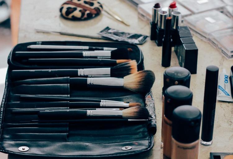 Экоблогер дала советы россиянкам по выбору косметики