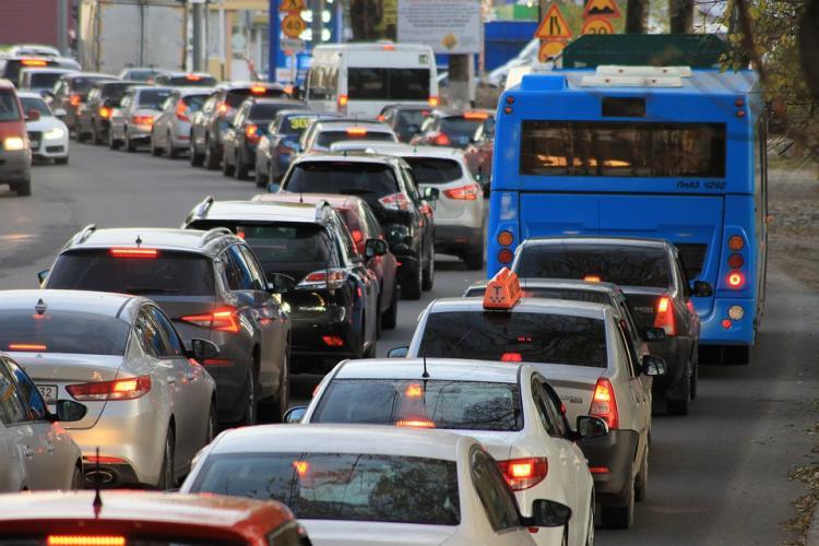 ДТП в пригороде Владивостока поставило город в многокилометровую пробку