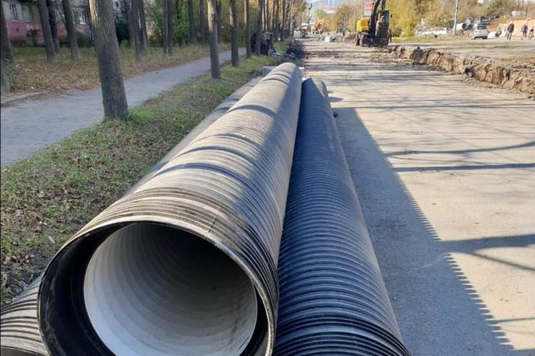 Ливневую канализацию продолжают делают во Владивостоке
