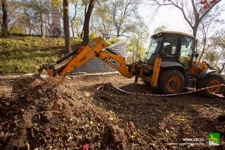 Во Владивостоке идёт ремонт сквера Невельского