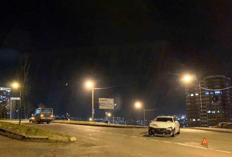 «Марк был...»:Приморцы обсуждают ДТП с участием седана и маршрутки