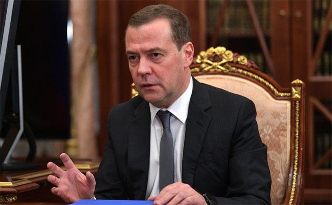 Дмитрий Медведев прилетел в Новосибирск