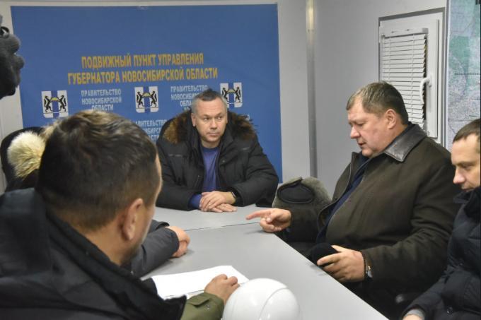 Губернатор проконтролировал работы по восстановлению теплоснабжения на Северо-Чемском жилмассиве