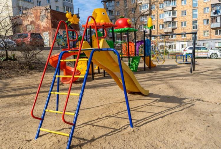 Новым дворам радуются жители улицы Березовой во Владивостоке