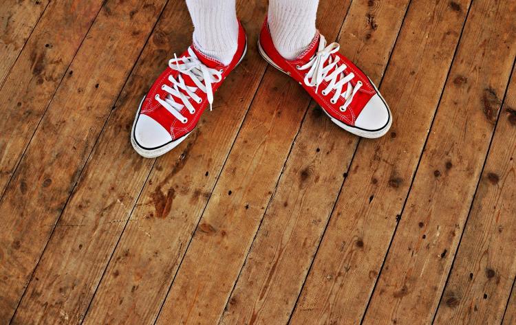 Врач назвал опасную обувь для русской зимы