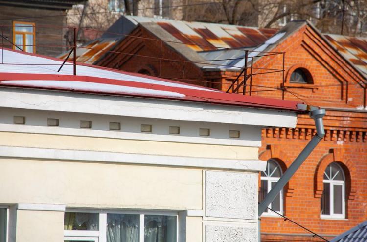 Очистка крыш зданий от снега и сосулек – зона ответственности собственников