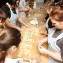 Новосибирцы слепили 18 тысяч пельменей в пользу приемных детей