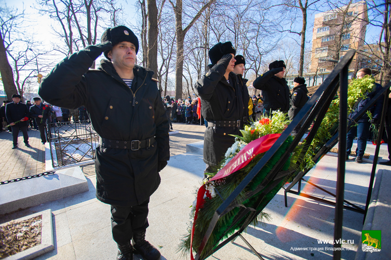День неизвестного солдата отметили во Владивостоке (8).jpg