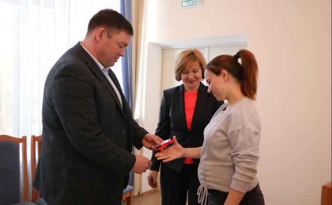 Дети-сироты получили 42 новые квартиры в Тогучинском районе по областной программе