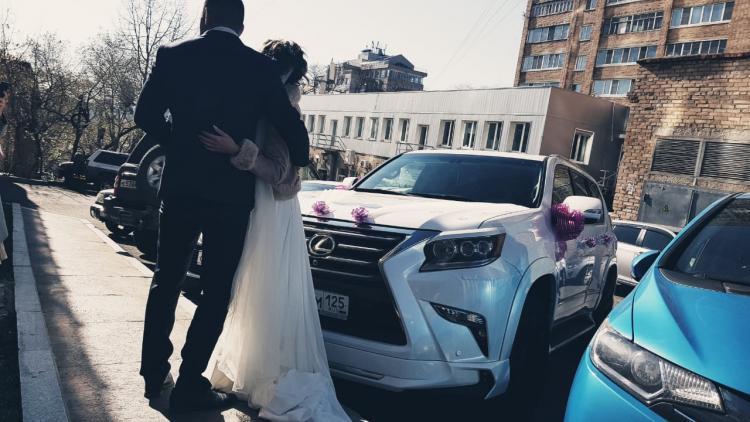 Молодожены Владивостока выбирают свадьбы не по сезону