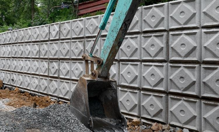 Владивостокцы назвали подпорные стены, которые необходимо отремонтировать