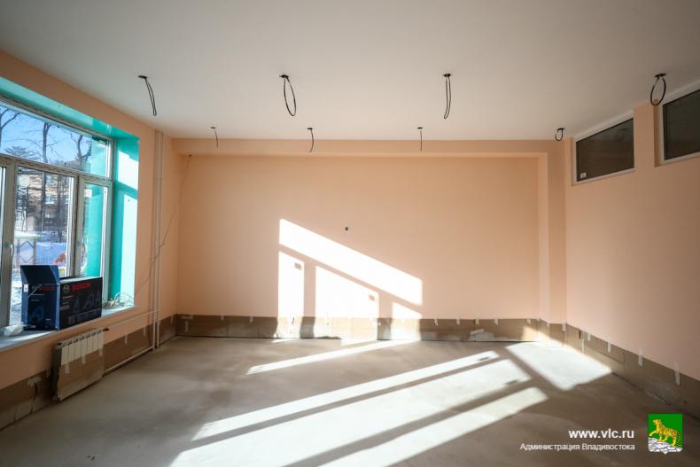Глава Владивостока поручил вести ежедневный контроль за строительством детских садов