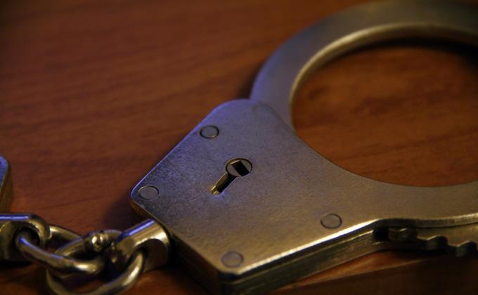 Аптеку ограбили трое в масках в Новосибирске
