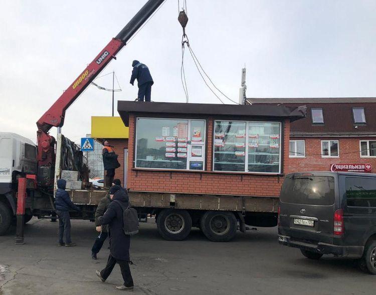 Незаконные постройки и торговые объекты идут под снос во Владивостоке