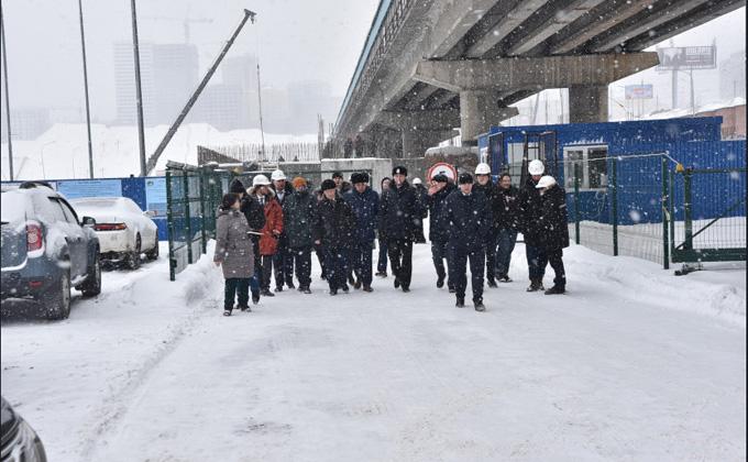 Тысячную сваю вбили в фундамент будущей ледовой арены в Новосибирске