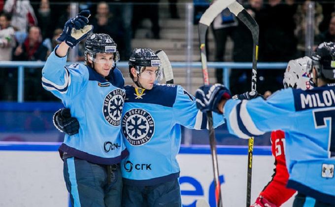 ХК «Сибирь» победил «Автомобилист» со счетом 3:2