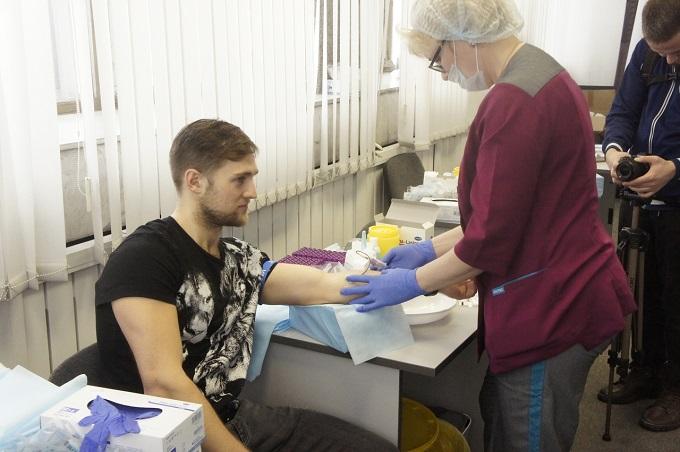 Игроки и болельщики ХК «Сибирь» стали донорами костного мозга