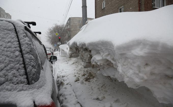 Безумие обледенелых тротуаров: пять моментов добитого снегом Новосибирска